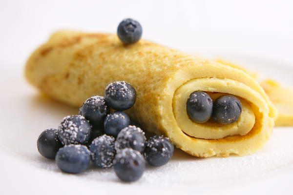 Joghurt-Pfannkuchen mit Blaubeeren